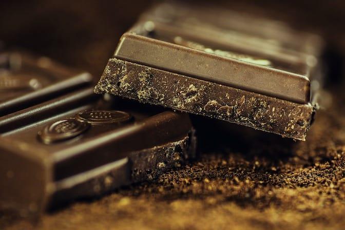 Rédiger le CV sur une barre de chocolat